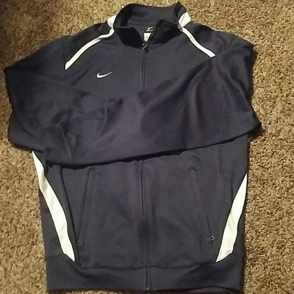 64ef85e5d6e1 Men s small NIKE full zip light weight jacket - 20.  M 5adec44450687cb83e2cb70c